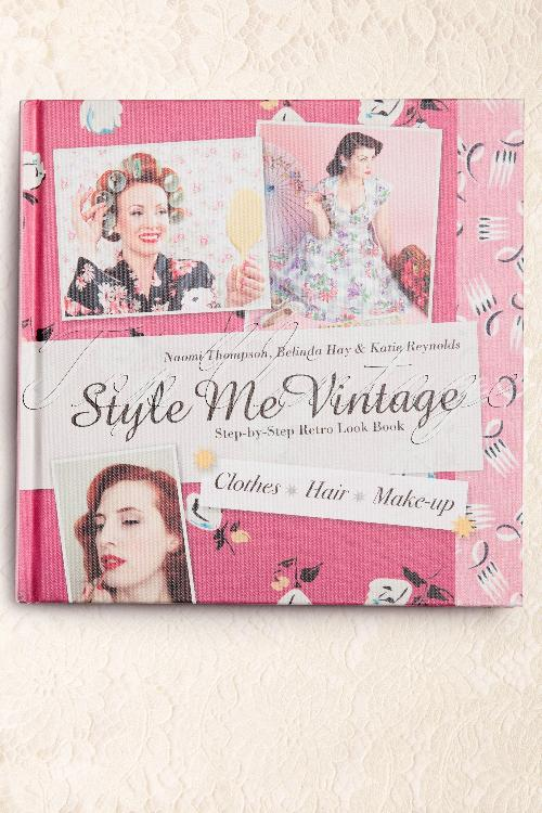 Style me vintage Clothes Hair Make up Styling book 1