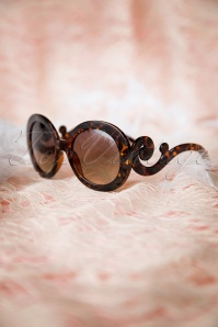 So Retro Baroque Swirl Arms Sunglasses Turtoise 260 79 10083 20141222 041w