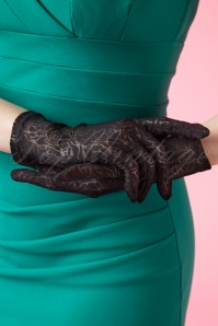 Juliette's Romance 50s Rosy Romantic Black Lace Gloves