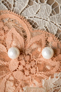 Collectif Clothing Elegant Ivory Earrings 331 50 10350 02282015 04W