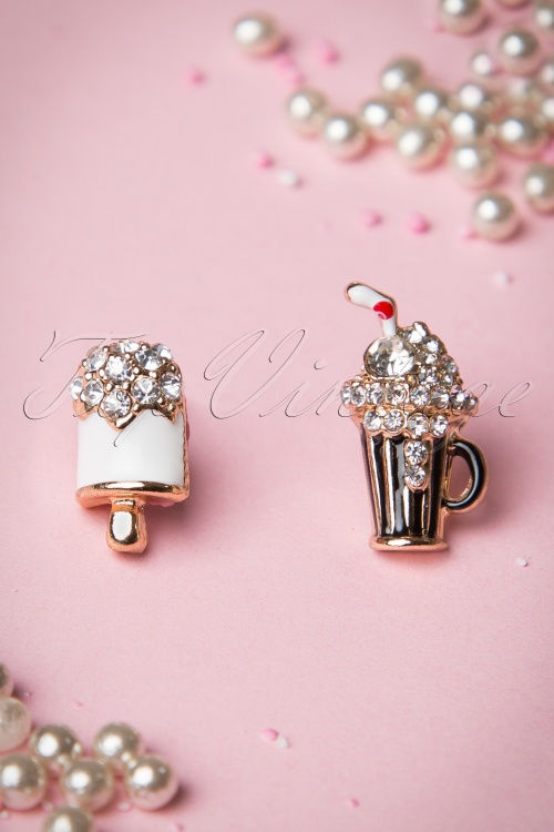 Collectif Clothing Delicious Earrings 332 50 15038 02282015 11W