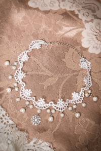 30s Anna Cream Lace Pearl Collier