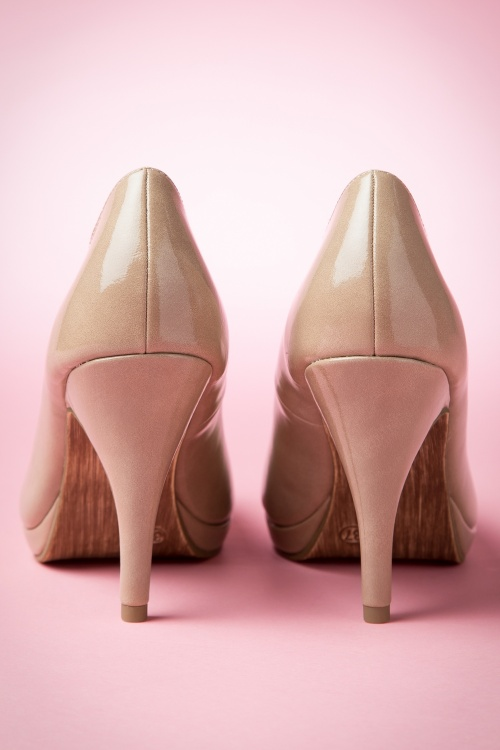 50s Classy Patent Leather Pumps in Beige