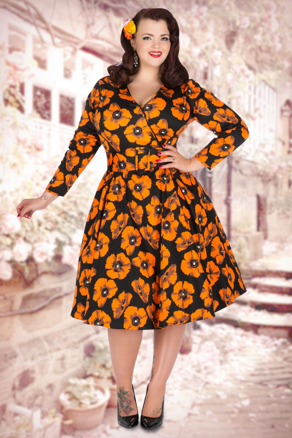 63ae924afafe1e 50s Poppy Print Cosette Dress in Black