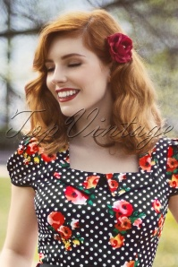 Fancy Rose Red Hairflower medium clip Brosche