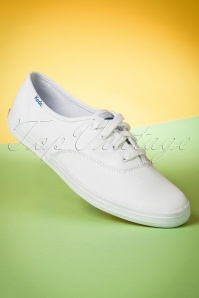 Keds Champion Core Text Sneakers Années 50 en Blanc
