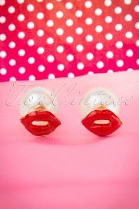60s Kisses For My Shiny Pearl Earrings