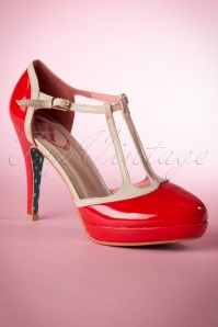 Banned Betty Pumps Red 401 20 15134 06172015 02W