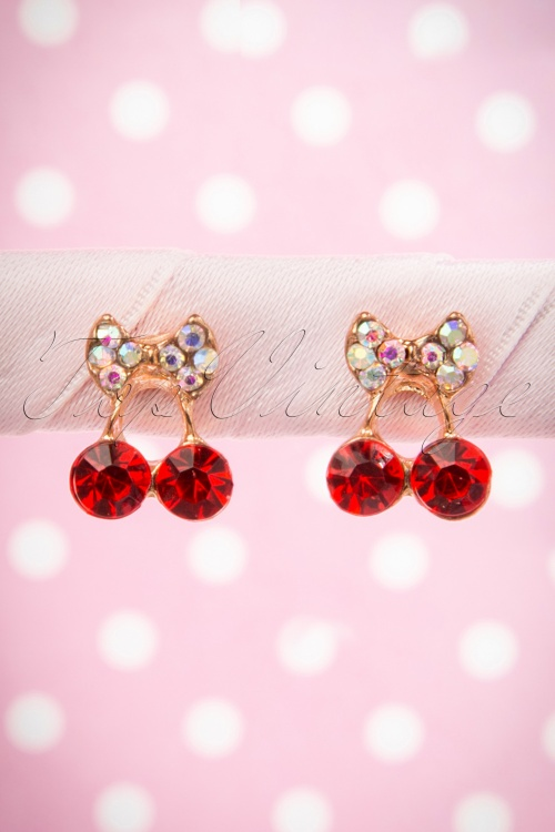 Lola Shiny Cherry Earrings 331 20 16001 06122015 09W