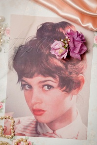 Collectif Clothing 50s Pin Up Double Hair Roses Clip Lila 200 60 15031 07272015 01W