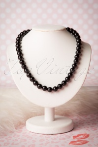 Collectif Clothing Coloured Bead Necklace Black 300 10 16219 20151001 04W