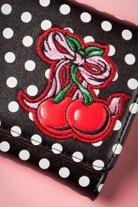 Banned Lucille Wallet 220 14 16398 20151001 29