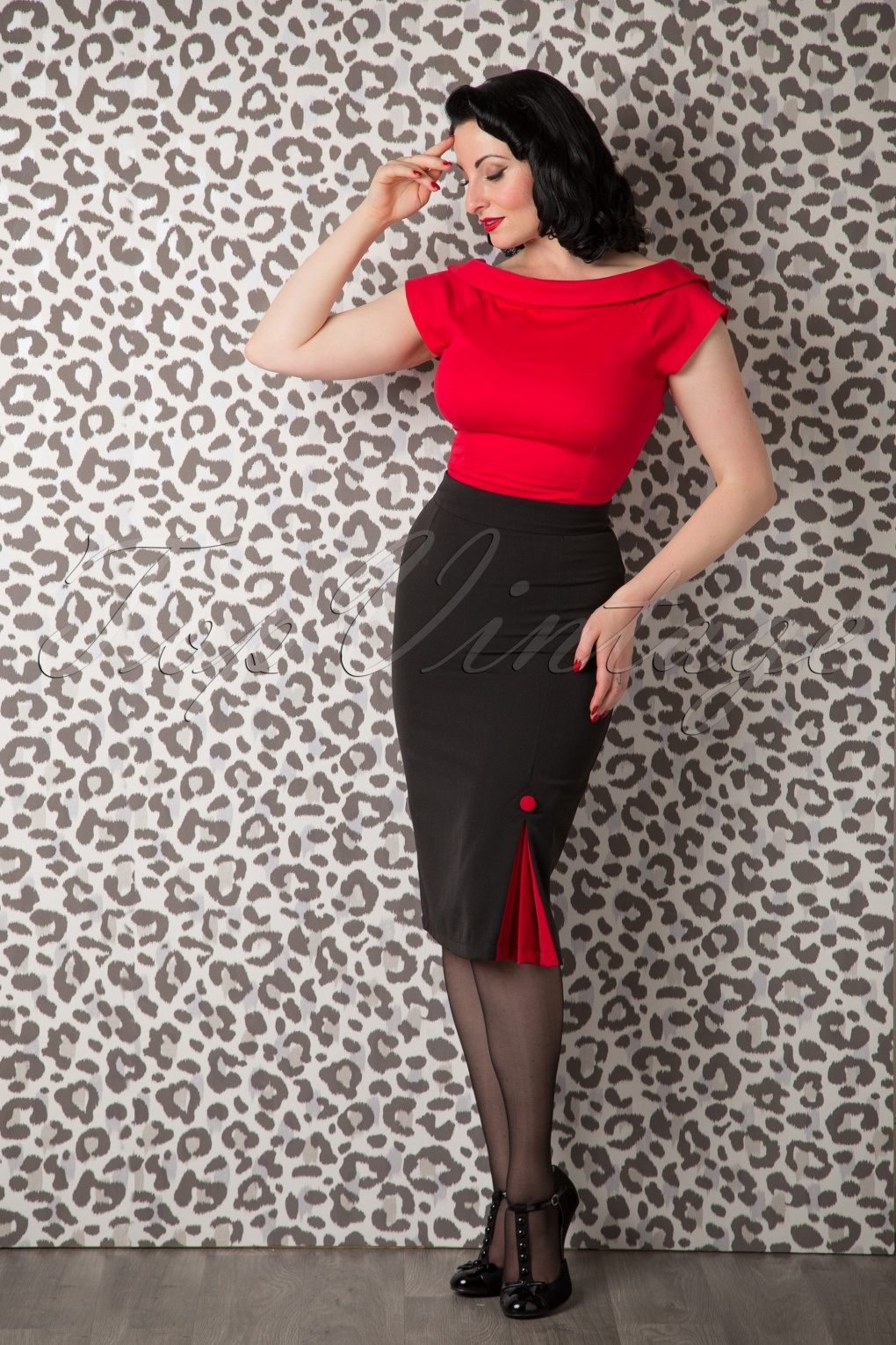 50s Katy Pencil Skirt in Black and Red