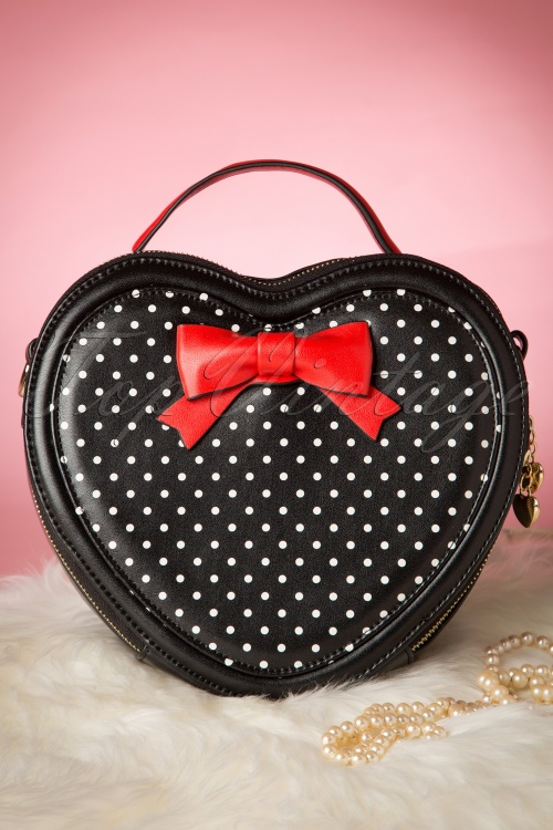 Banned Great Heights Heart Bag Red Black 212 14 1703310132015 04W