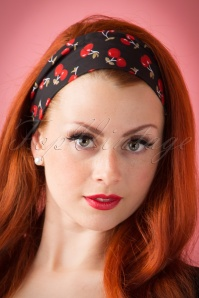 Vintage 50s Hair Scarf in Cherry Black