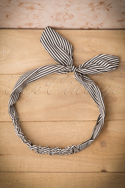 Banned Jacinta Headband Black and White Stripes 208 59 16467 20151026 0016W