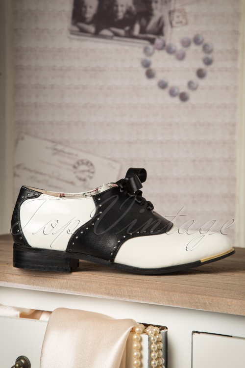 Banned Coleen Shoes Black and White 452 50 16725 10262015 25W
