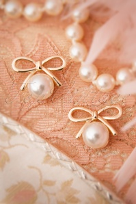 20s Susie Golden Bow and Pearl Earrings