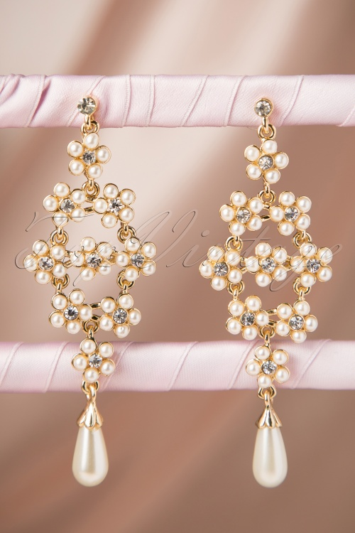 From Paris with Love! Long Pearl Earrings 333 51 17404 20151119 266W