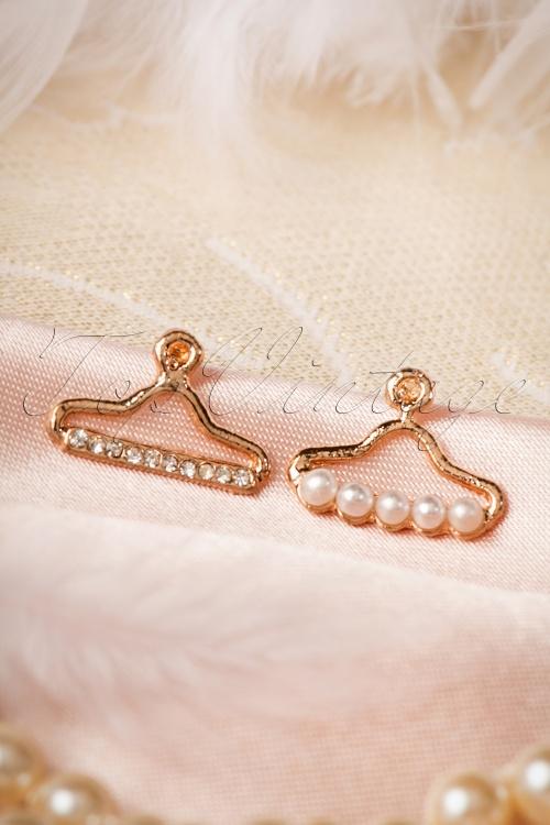 Lola Golden Hanger Earrings 331 51 17542 20151130 0002W