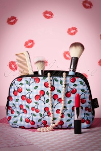 Sassy Sally Blue Cherry Make Up Bag 218 39 17512 20151203 006