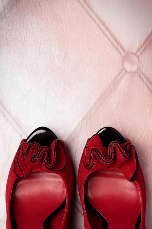 Lolita platform pump red faux suede PINUP COUTURE