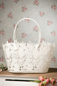 60s Romantic Shopper in White