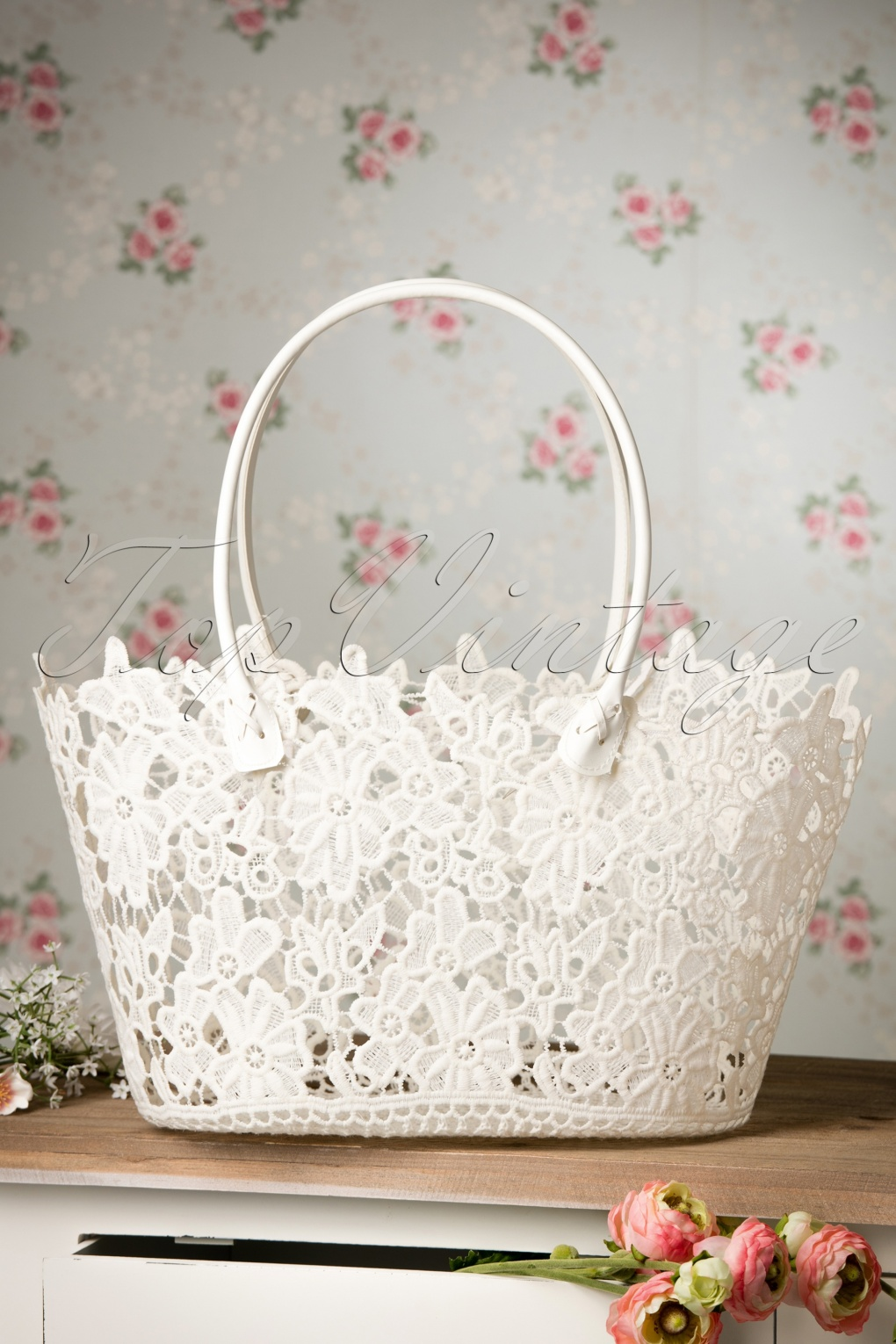 Retro Handbags, Purses, Wallets, Bags 60s Romantic Shopper in White £17.31 AT vintagedancer.com