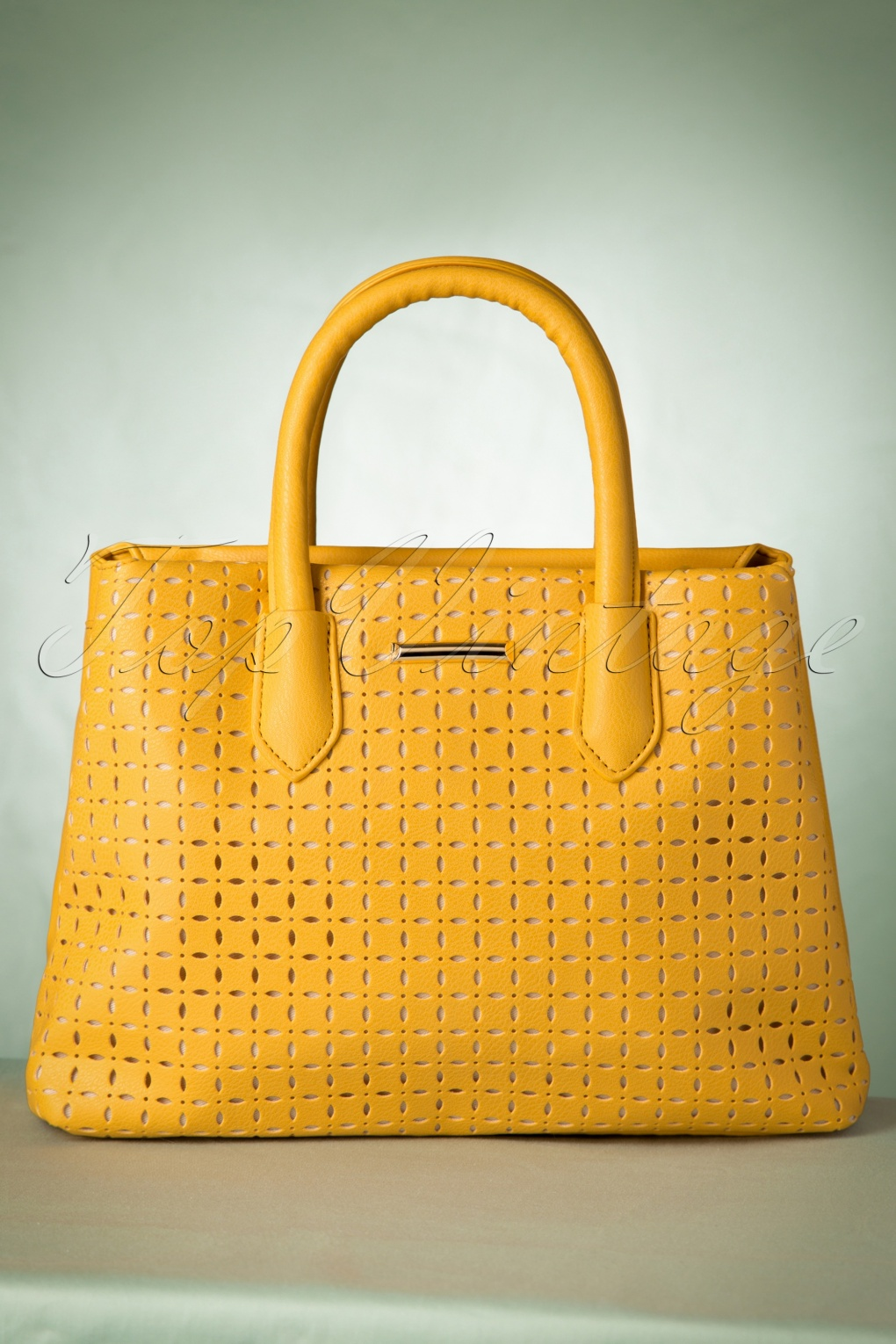 Vintage & Retro Handbags, Purses, Wallets, Bags 60s Sweet Like Sugar Handbag in Yellow £30.52 AT vintagedancer.com