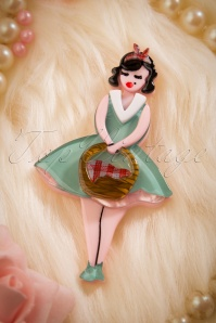 TopVintage exclusive ~ 60s Pin-Up Picnic Brooch