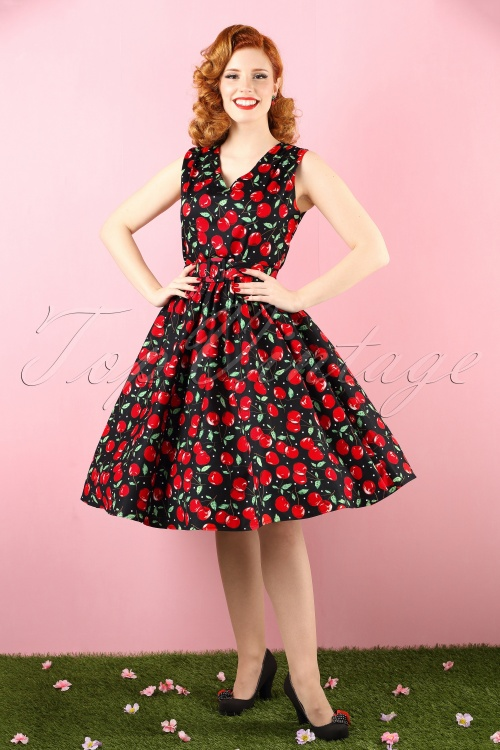 Dolly and Dotty Petal Swing Cherry Dress 102 14 16469 20160210 0004 bewerkt colorcorr crop