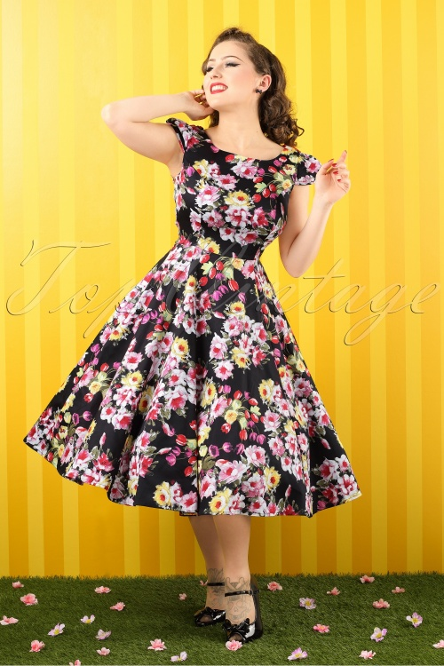 Hearts and Roses Black Floral Swing Dress 102 14 14735 20141220 010 bewerkt crop