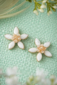 50s Shine Bright Like Daisies Earrings