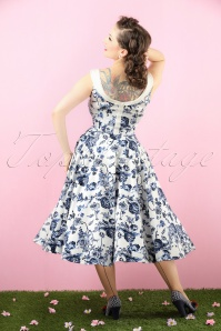 Collectif Clothing Maddison Toile Floral SWing Dress 102 59 17715 20151119 0010(1) bewerkt (1) colorcorr crop