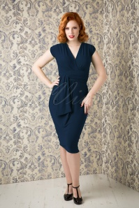 TopVintage exclusive ~ 50s Femme Fatale Pencil Dress in Navy