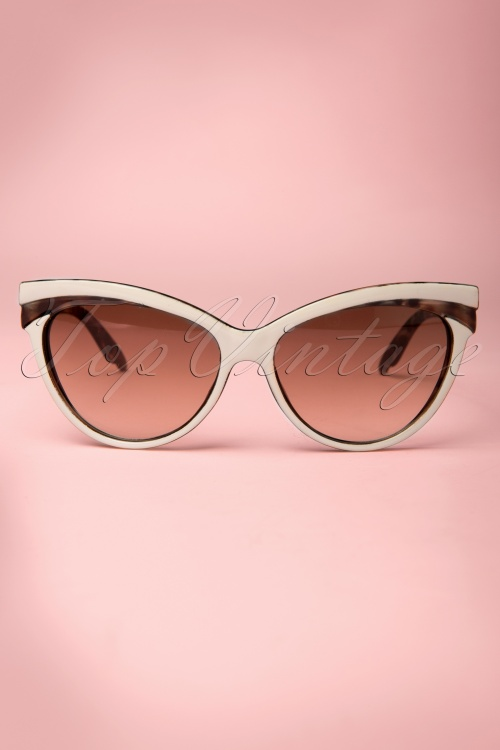 Collectif Clothing Judy Classic 50s Cat Eye Sunglasses Beige 260 59 12857 20140516 0005W