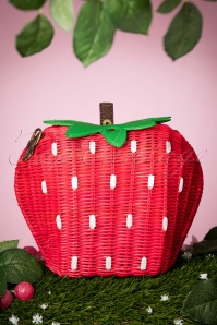 50s Juicy Strawberry Wicker Handbag