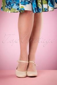 Bettie Page Shoes Bettie Pumps in Nude 402 52 17088 04132016 008W