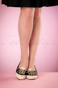 Bettie Page Shoes Halle Shoes in Black 452 52 17101 04132016 014retouchedW