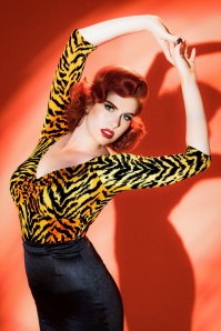 Pinup Couture Jailbird Tiger Striped top 113 28 17824 20160504 1