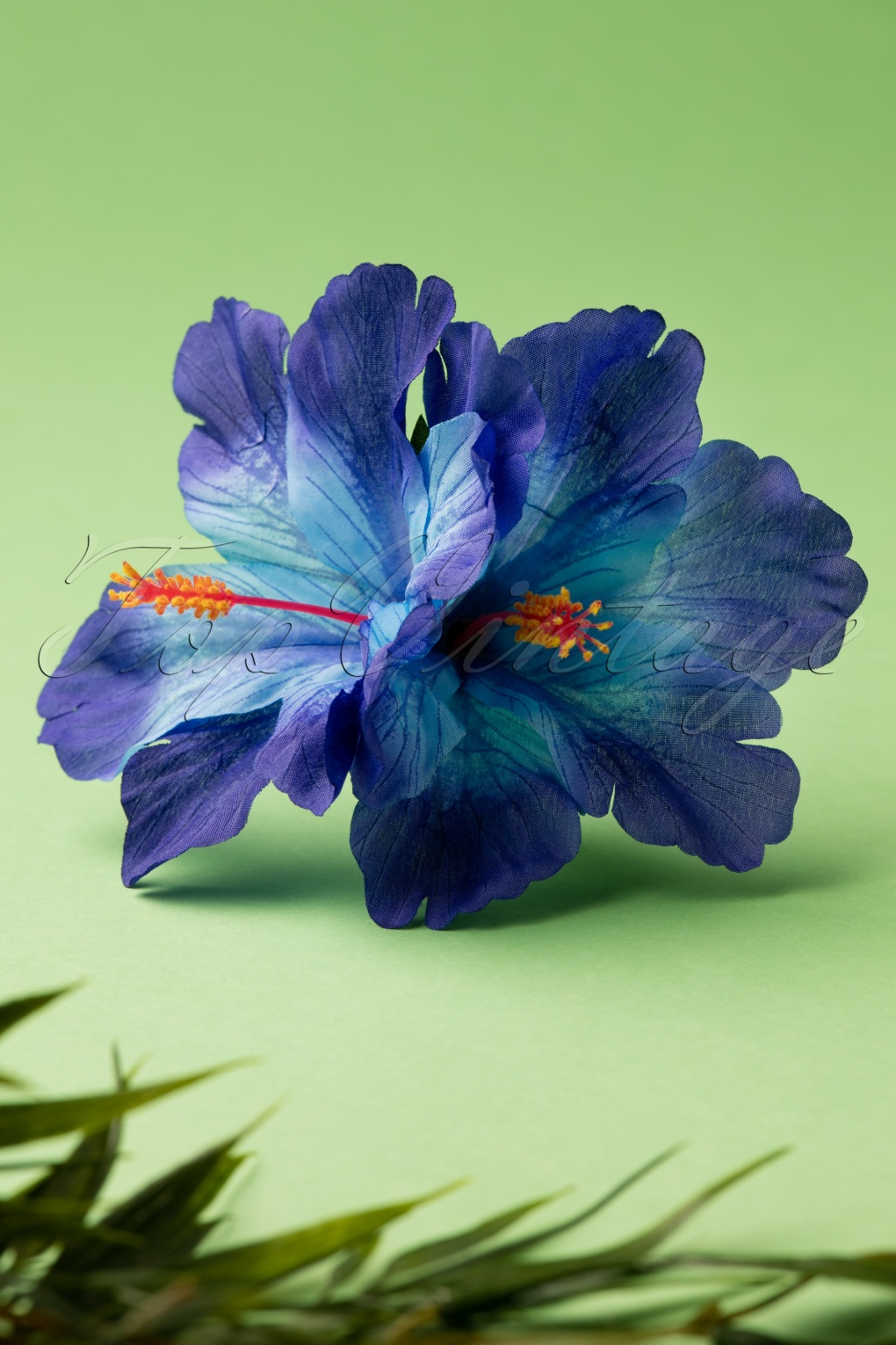 1940s Hairstyles- History of Women's Hairstyles 50s Double Hibiscus Double Pretty Hair Clip in Blue £22.22 AT vintagedancer.com