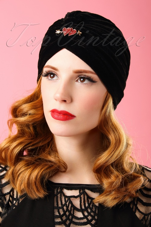 The pink Collar Life Ginger Hearts Turban in Black 202 10 18309 04202016 014W