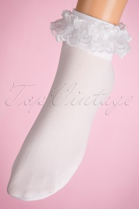 Lovely Legs Lace Ruffles White Socks 179 50 11599 20160615 0004W
