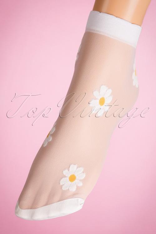 Lovely Legs Flower Design Socks in White and Yellow 179 50 19324 20160615 0007W