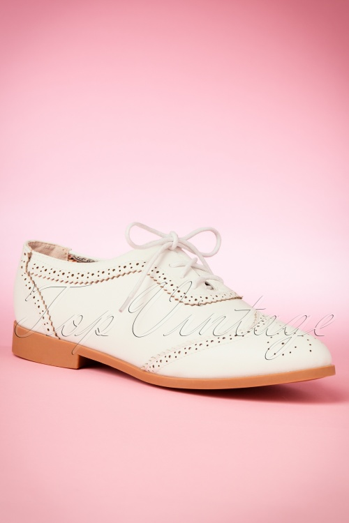 Lulu Hun Cindy Brogue Shoes in White 452 50 18985 20160613 0006W