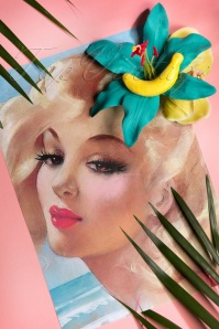 Lady Luck's Boutique  Hairflowers with Banana 200 30 18657 20160620 0019W