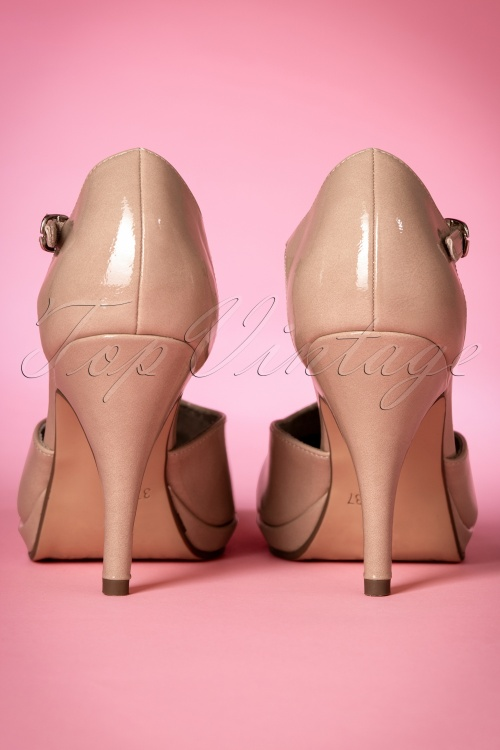 40s Vintage Lacquer T Strap Pumps in Nude