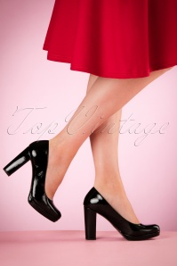 60s Eileen Lacquer Pumps in Black