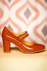 Banned Retro 60s Golden Years Lacquer Pumps in Ginger