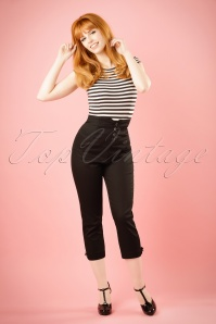 50s Gina Swallow Capri in Black